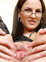 hairy pussy, Tereza gorgeous masturbation with piss hole gaping
